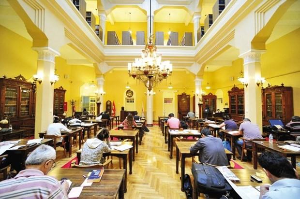 5- İzmir Milli Kütüphane