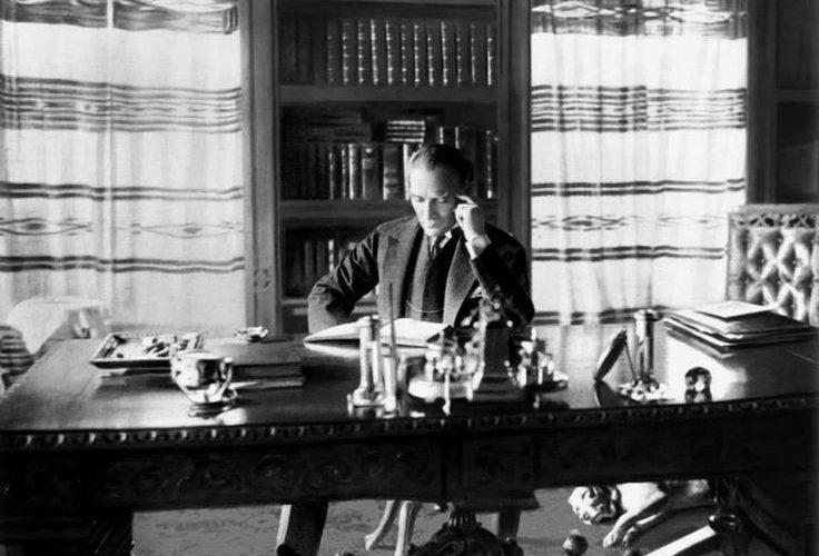 Çalıkuşu romanı, neden Atatürk'ün başucu kitabıdır?