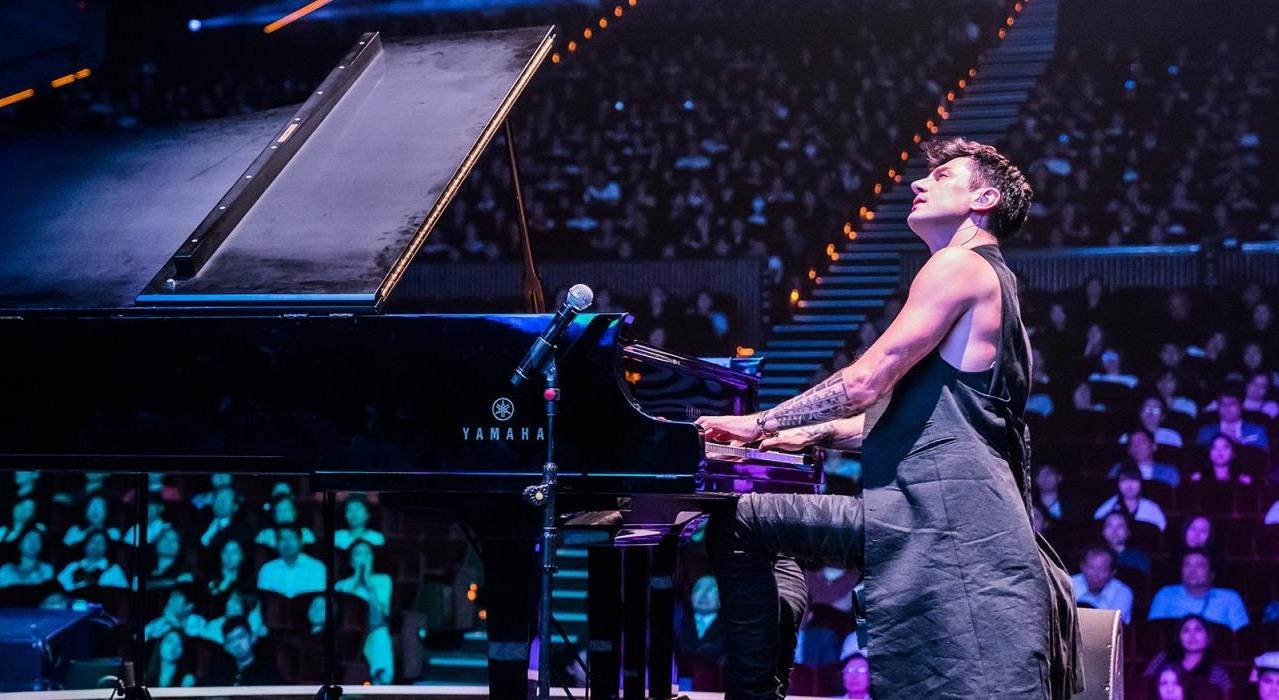 Dünyanın en hızlı piyanisti İstanbul'daki ilk konserinde fırtınalar estirdi
