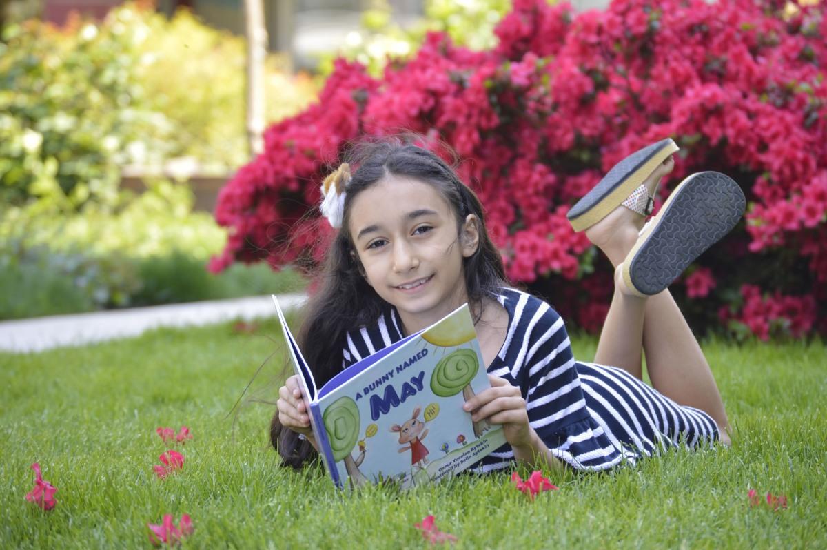7 yaşındaki yetenekli Türk kızın başarısı